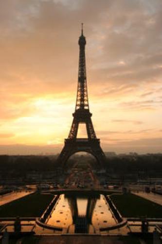 Paris (2007) next episode air date poster