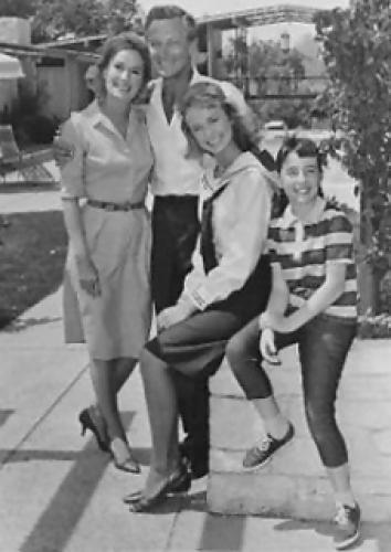 Karen (1964) next episode air date poster