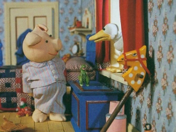 Huxley Pig next episode air date poster