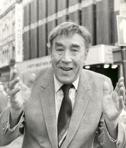 Frankie Howerd Strikes Again next episode air date poster